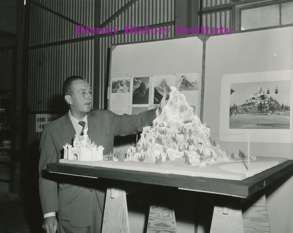 DHI DISNEYLAND BIRTHDAY CELEBRATION~Matterhorn Model