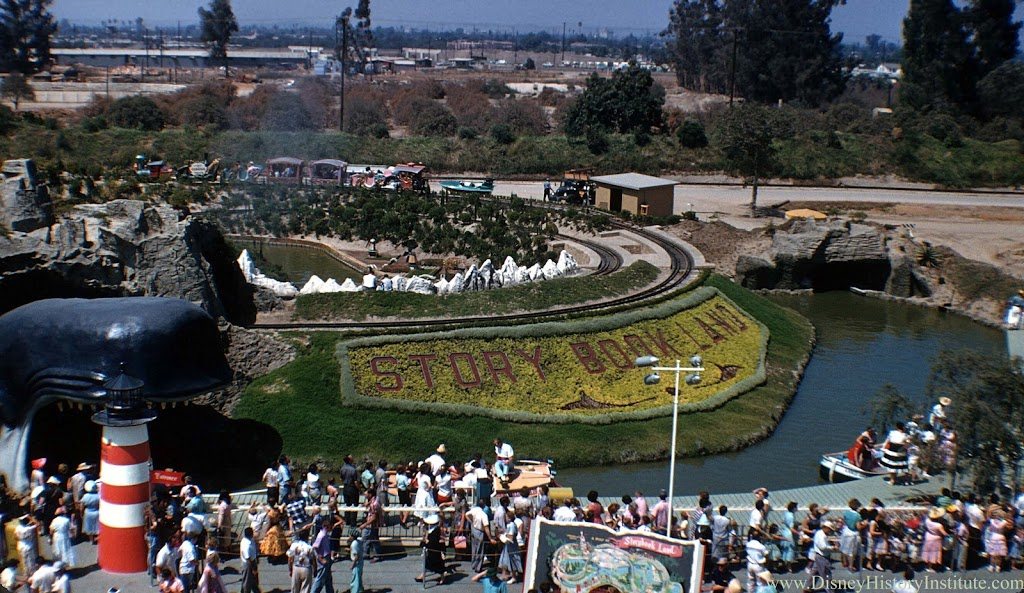 Something I've Never Noticed Before – Disneyland 1956