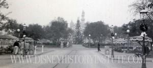 Christmas Disneyland 1955 B