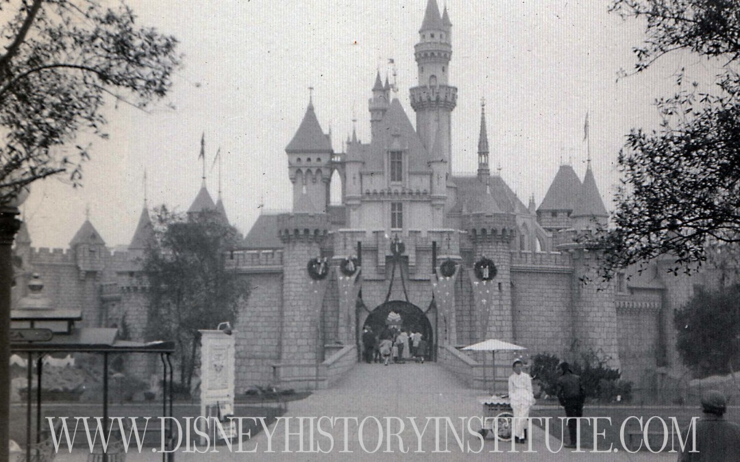 Disneyland: The First Christmas