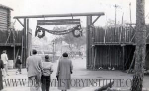 Disneyland Christmas 1955 F
